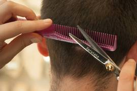 When and how cutting hair after your hair transplant