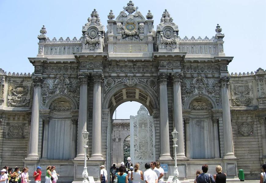 Дворец Долмабахче - Стамбул