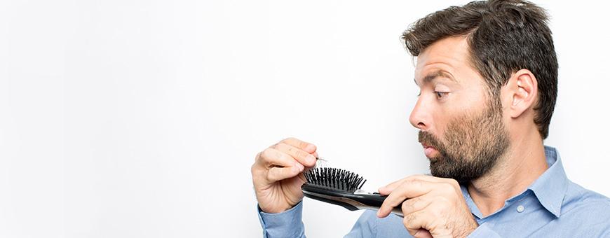 ما سبب تساقط الشعر بعد زراعة الشعر